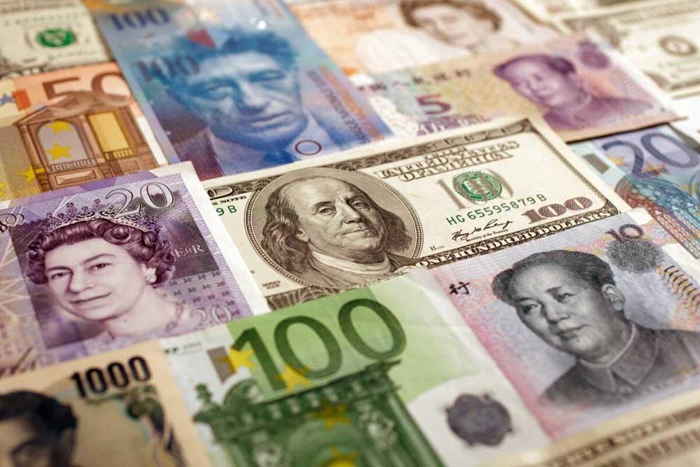 курс валют в обменниках Киева